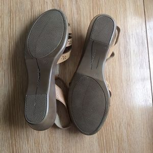 Easy Spirit Shoes - Leather Mary Jane tan sandals